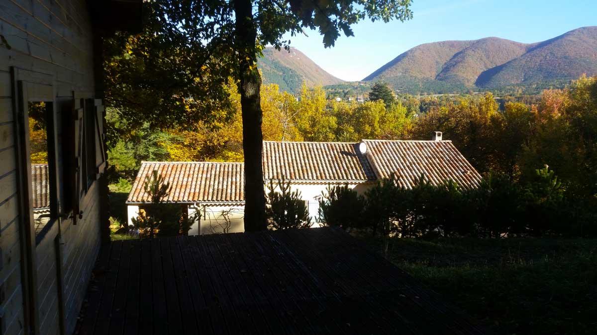 Maison-depuis-terrasse-chalet